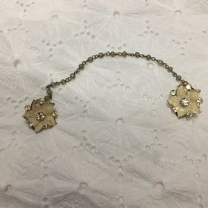 Accessories - Sweater Clips